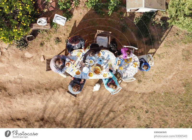 Frau Kind Mensch Ferien & Urlaub & Reisen Natur Jugendliche Mann Landschaft Haus Erholung Freude Mädchen 18-30 Jahre Lebensmittel Essen Lifestyle