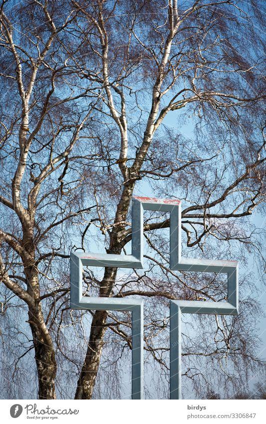 durchlässig und inhaltslos Wolkenloser Himmel Frühling Herbst Schönes Wetter Baum Birke Stahl Zeichen Kreuz authentisch außergewöhnlich Freundlichkeit grau