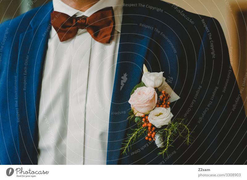 Bräutigam Lifestyle elegant Stil Hochzeit maskulin Mode Hemd Fliege trendy schön modern Vorfreude Beginn ästhetisch Entschlossenheit Erwartung Gefühle