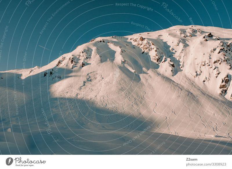Hochfügen | Zillertal Natur Landschaft Sonne Winter Schnee Alpen Berge u. Gebirge Schneebedeckte Gipfel gigantisch natürlich Abenteuer Einsamkeit Farbe Freiheit