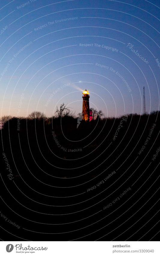 Leuchtturm auf Kap Arkona Abend dunkel arkona Dorf Farbe Farbenspiel Farbverlauf Fischerdorf Insel Küste Küstenwache Landschaft Mecklenburg-Vorpommern Meer