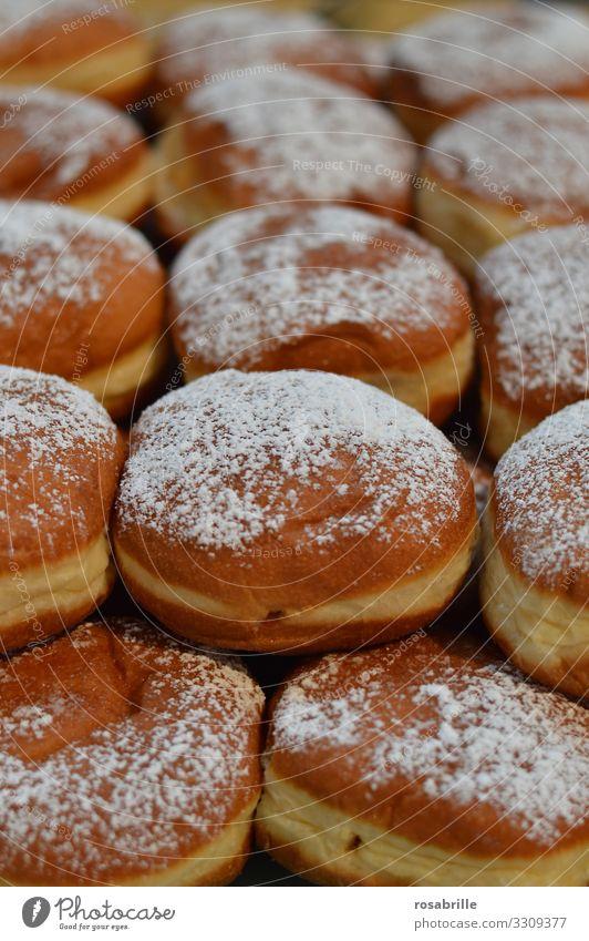 hier riechts doch nach... | Berlinern bzw. Pfannkuchen Krapfen Faschingsparty Faschingskrapfen essen Bäckerei süß Süßspeise Gebäck gebacken frittiert lecker