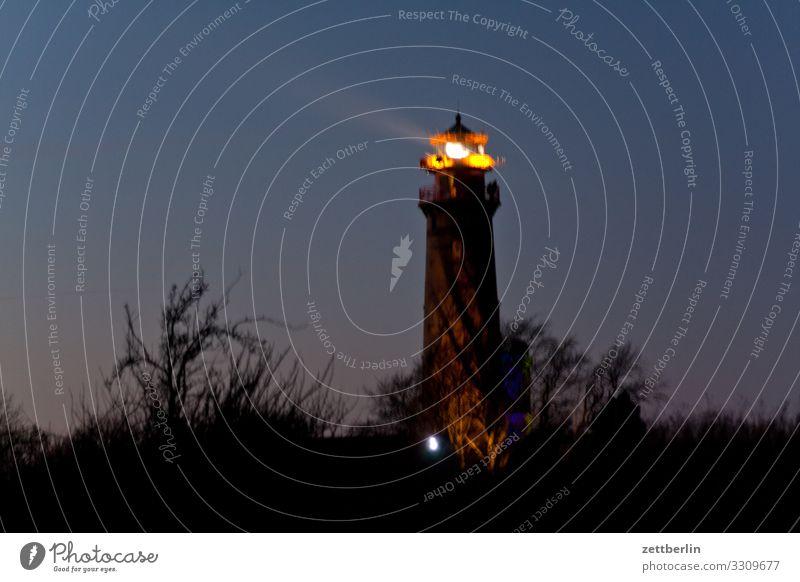 Der alte Leuchtturm von Kap Arkona Abend arkona Dorf dunkel Farbraum Farbe Farbenspiel Farbverlauf Fischerdorf Insel Küste Küstenwache Landschaft
