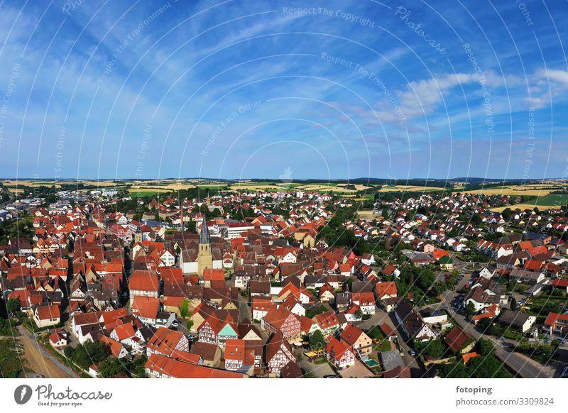 Eppingen schön Tourismus Ausflug Sightseeing Städtereise Sommer Sonne Wetter Stadt Altstadt Architektur Sehenswürdigkeit Wahrzeichen Denkmal historisch blau