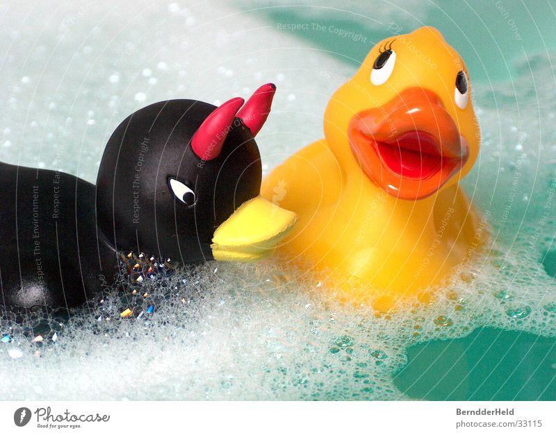 Enten Badeente Badewanne Schaum Spielen Freizeit & Hobby böse Ente Wasser Im Wasser treiben Schwimmen & Baden