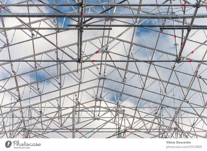 Metallrahmenkonstruktion des Gebäudes gegen den Himmel Design Haus Arbeit & Erwerbstätigkeit Arbeitsplatz Büro Fabrik Industrie Business Technik & Technologie