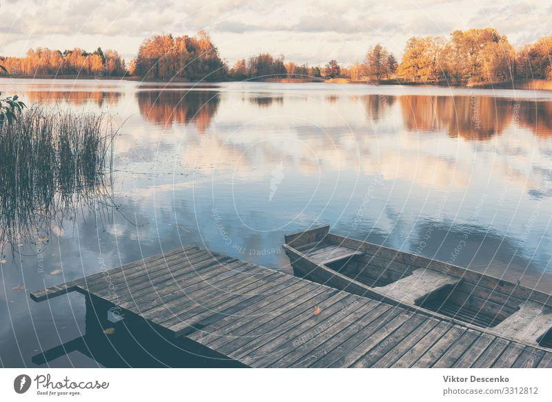 Ferien & Urlaub & Reisen Natur alt Sommer blau schön Landschaft Sonne Baum Erholung Holz Herbst gelb natürlich Küste Tourismus