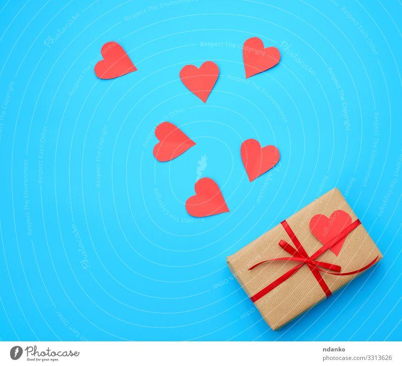 die Schachtel ist in braunes Papier eingewickelt kaufen Design Dekoration & Verzierung Tisch Feste & Feiern Valentinstag Hochzeit Geburtstag Handwerk Verpackung
