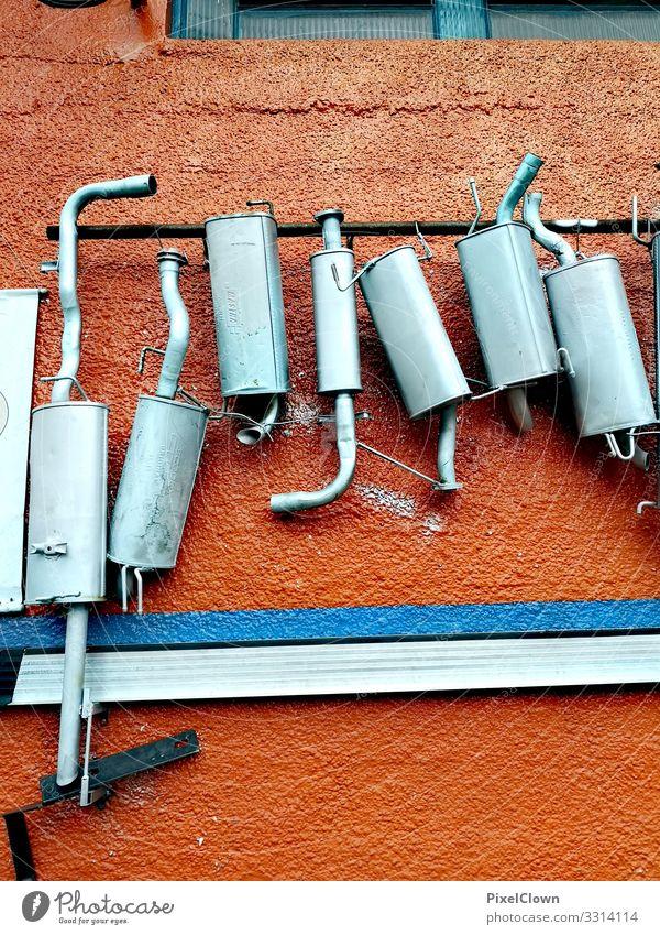 Bilder aus einer Autowerkstatt Arbeit & Erwerbstätigkeit Handwerk Auspuff Metall Wand orange Industrie Werkstatt