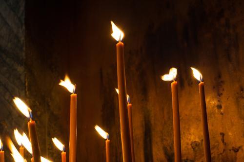 Weihnachten & Advent Lifestyle leuchten Kirche Feuer Hoffnung Ostern