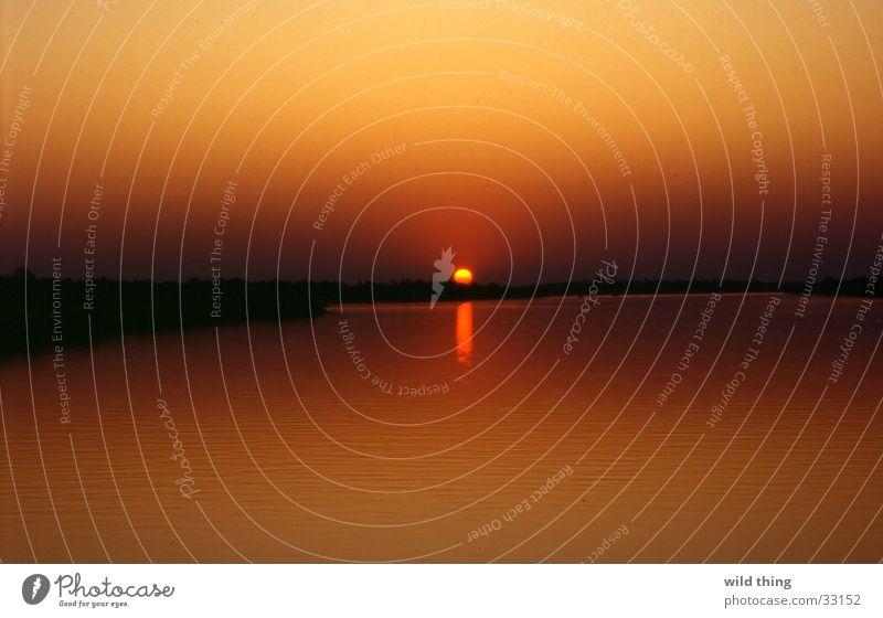 zambezi river sun zon ondergaande zon rivier water