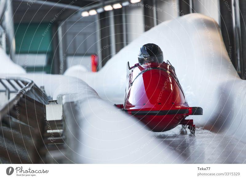 #Eisbob 1 Winter Sport Wintersport Mensch Abenteuer ästhetisch Bob Farbfoto Außenaufnahme