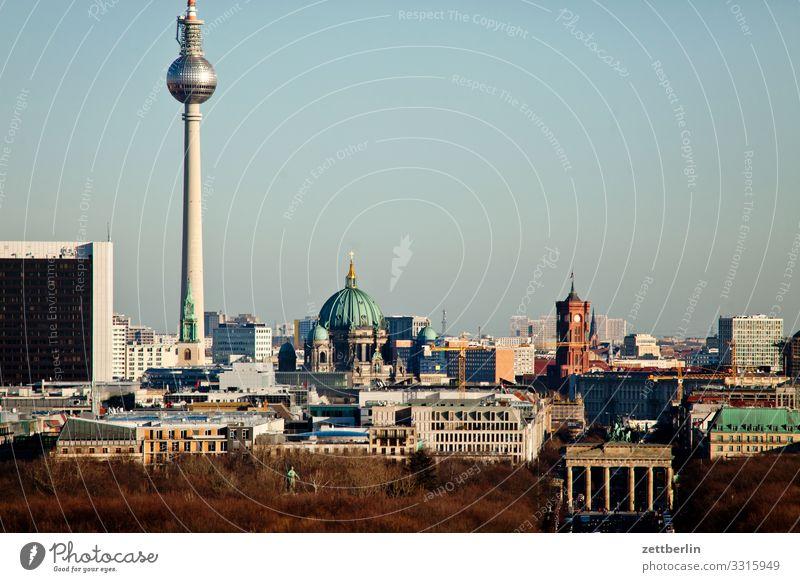 Skyline Berlin Großstadt Deutschland Ferne Hauptstadt Horizont Ferien & Urlaub & Reisen Reisefotografie Stadt Tourismus Stadtleben Überblick Straße Verkehr
