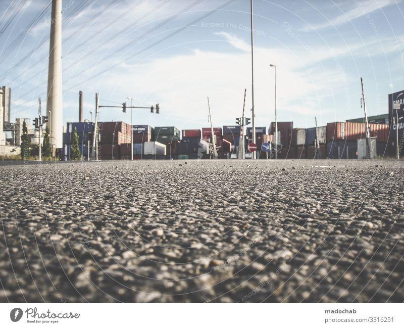Viel los Industrie Güterverkehr & Logistik Stadt Industrieanlage Fabrik Verkehr Straße Lastwagen Container kaufen Handel Konkurrenz Mobilität Netzwerk Ordnung