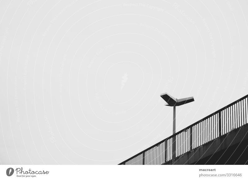 Brücke mit Lampe brücke laterne Laterne Himmel Nacht Straße Licht Wolken Straßenbeleuchtung Verkehr Beleuchtung Stadt Dämmerung Geländer Verkehrswege