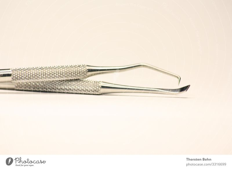 Zahnarzt Besteck / Dentist Tools Arzt Gesundheitswesen Wissenschaften High-Tech Zähne Versicherung tool Nahaufnahme Makroaufnahme