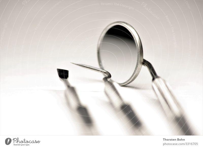 Zahnarzt Besteck / Dentist Tools schön Gesundheit Gesundheitswesen Behandlung Wissenschaften Arzt Werkzeug Technik & Technologie High-Tech Spiegel Makroaufnahme