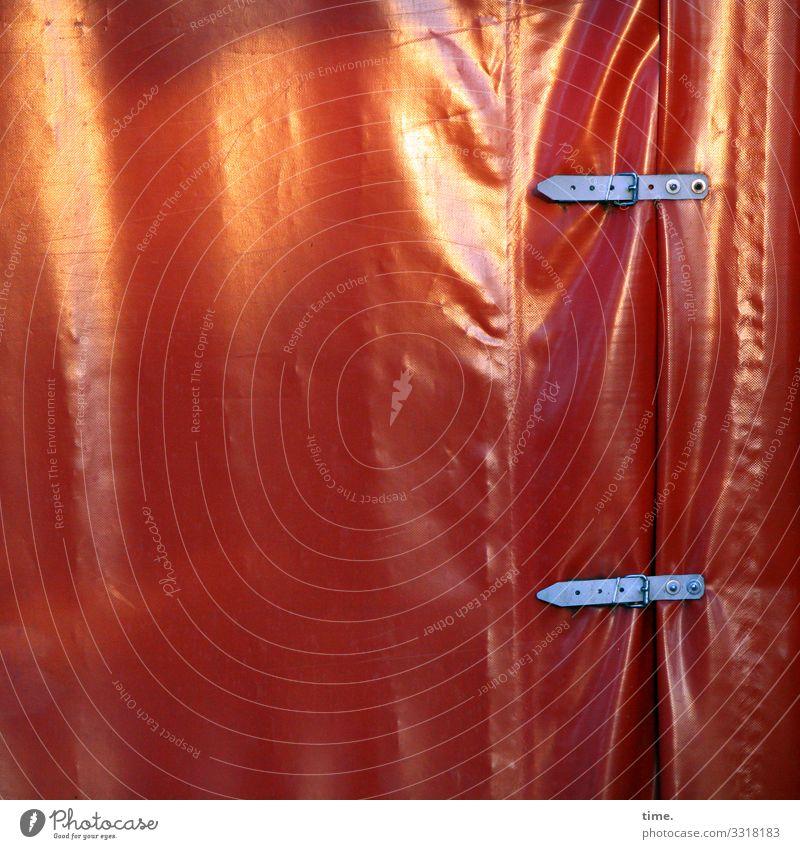 voll verplant (4) plane textil kunststoff muster struktur abdeckung linien schnalle schutz sicherheit laderaum landwirtschaft transport öse falte faltenwurf
