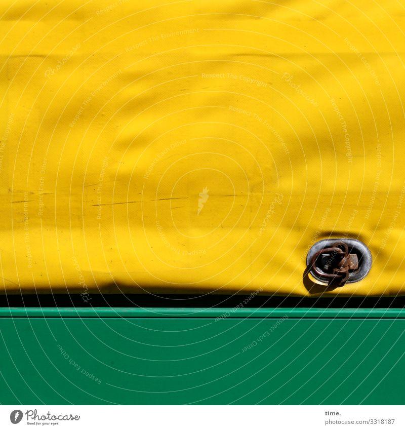voll verplant (3) plane textil kunststoff muster struktur abdeckung anhänger schutz sicherheit laderaum rost transport öse falte faltenwurf geheimnis