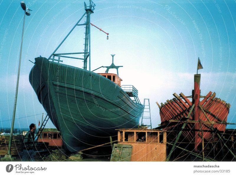 Fischerboote Wasserfahrzeug Schifffahrt bauen Angeln Marokko Schiffsrumpf