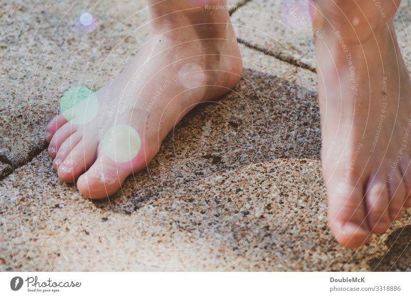 Zehn mal Zehen gleich 100! Kind Mensch Ferien & Urlaub & Reisen nackt Freude Mädchen Gesundheit Wärme natürlich Bewegung Junge Spielen Freiheit Fuß