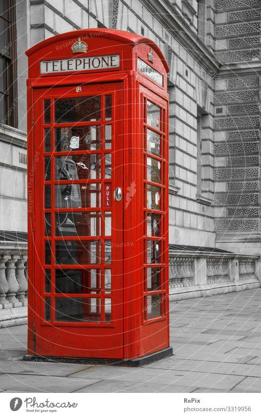 Traditionelle Telefonzelle in London. Lifestyle Stil Design Ferien & Urlaub & Reisen Tourismus Sightseeing Städtereise Arbeit & Erwerbstätigkeit Beruf