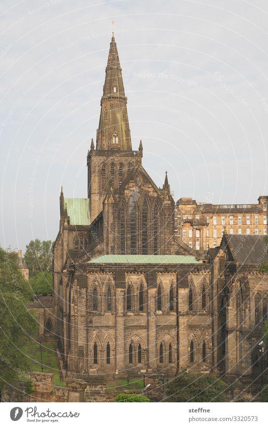 Glasgow Cathedral Altstadt Kirche Dom Religion & Glaube Gotik Schottland glasgow cathedral Sehenswürdigkeit gewaltig Sonnenaufgang Farbfoto Außenaufnahme