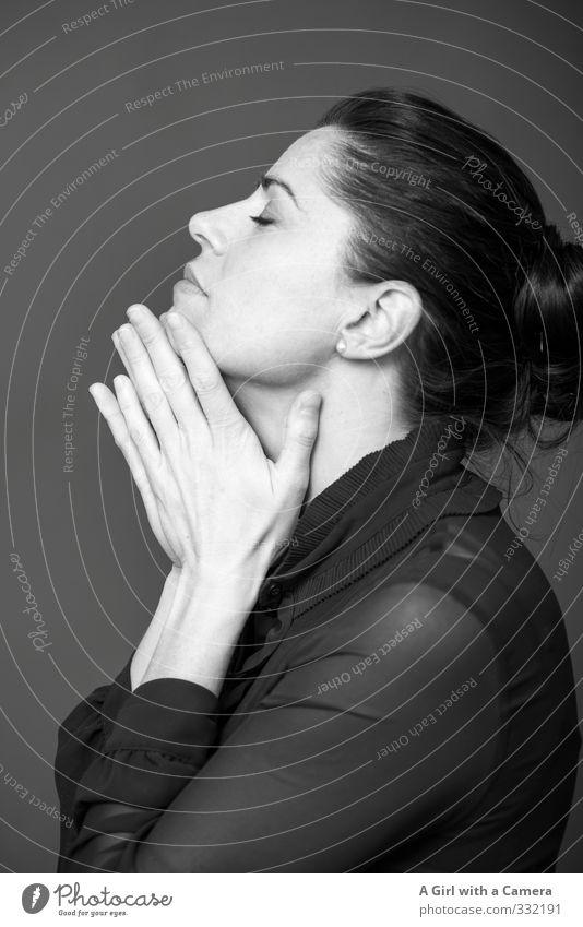 innehalten Mensch Jugendliche schön Hand Junge Frau Gesicht Erwachsene feminin Denken einzigartig 30-45 Jahre innehalten