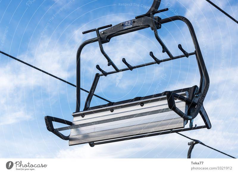 #Skilift Winter ohne Schnee #2 Traurigkeit Sport Tourismus ästhetisch Güterverkehr & Logistik Klimawandel Skigebiet stagnierend Wintersport Skipiste