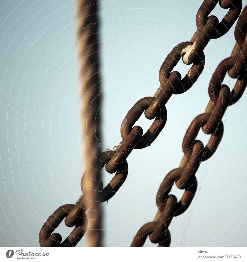 Verkettungen (6) Seil Kette Spannung Metall Stahl Rost hängen Zusammensein maritim Vertrauen Sicherheit Schutz Ausdauer standhaft Ordnungsliebe ästhetisch