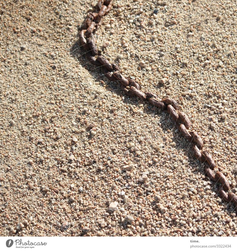 Verkettungen (3) Erde Sand Küste Schifffahrt Kette Metall liegen hell maritim Leben Ausdauer entdecken Gelassenheit Inspiration Kommunizieren Konzentration