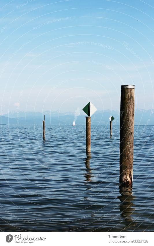 Blautöne und Orientierungshilfen Ferien & Urlaub & Reisen Umwelt Natur Landschaft Urelemente Wasser Himmel Schönes Wetter See Bodensee Verkehr Schifffahrt
