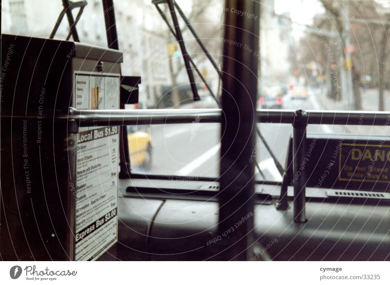 central park line Straße Linie Park sitzen Eisenbahn Verkehr offen fahren USA vorwärts Aussicht Station Amerika Mobilität Bus Fensterscheibe