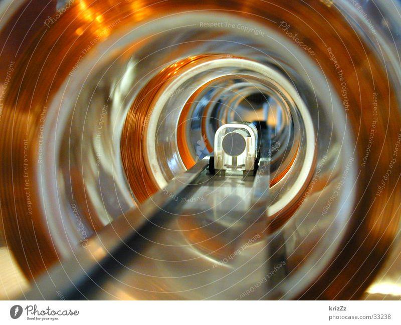 Magnetröhre Industrie Elektrizität Technik & Technologie Physik Wissenschaften England Tunnel Eisenrohr Draht London Underground kupfer Windung