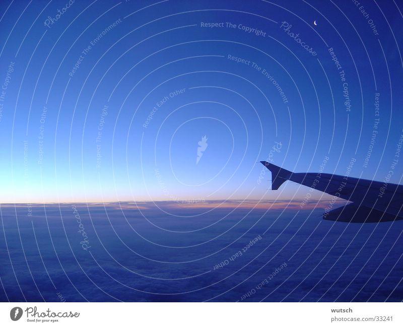 Über den Wolken Flugzeug Sonnenaufgang Luftverkehr Ferien & Urlaub & Reisen Himmel