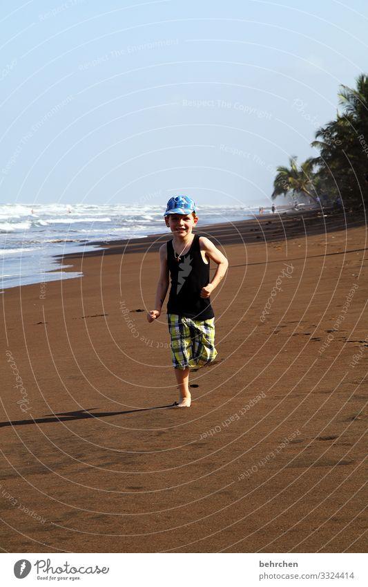 lieblingsmensch | weil er sich so begeistern kann besonders beeindruckend staunen Spielen Fröhlichkeit glücklich Glück Zufriedenheit Kindheit Junge Horizont