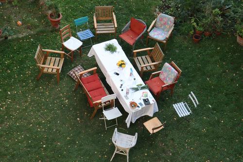 gartenstuhl treffen Freizeit & Hobby Wohnung Garten Stuhl Tisch Essen Feste & Feiern Gartenfest Kaffeetrinken Gartenmöbel Gartenstuhl Familienfeier