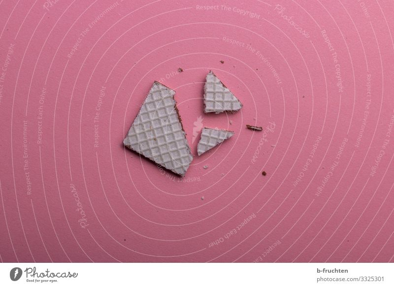 Waffelstücke Lebensmittel Teigwaren Backwaren Dessert Süßwaren Schokolade Ernährung Essen Gesunde Ernährung wählen genießen frisch lecker rosa brechen