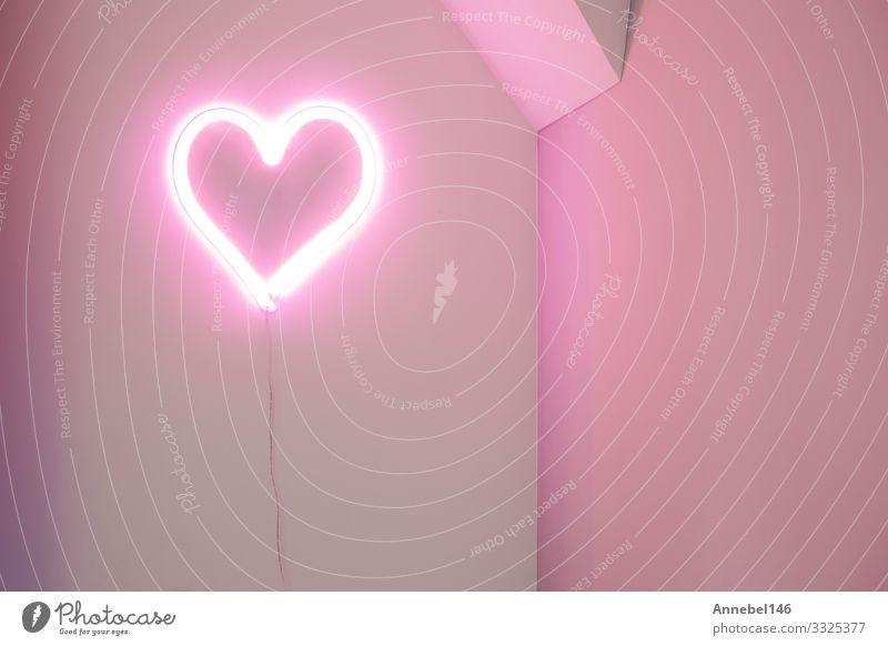 Pink-Heart-Neonleuchte an der Wand in einem modernen Interieur Tapete Feste & Feiern Hochzeit Paar Beton Herz Liebe hell rosa rot weiß Hintergrund altehrwürdig
