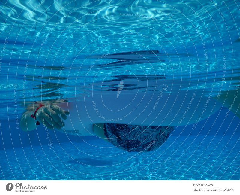 Durchhängen Lifestyle Freude Ferien & Urlaub & Reisen Tourismus Sommer Sommerurlaub Strand Meer Schwimmen & Baden tauchen Mensch maskulin Mann Erwachsene Gesäß