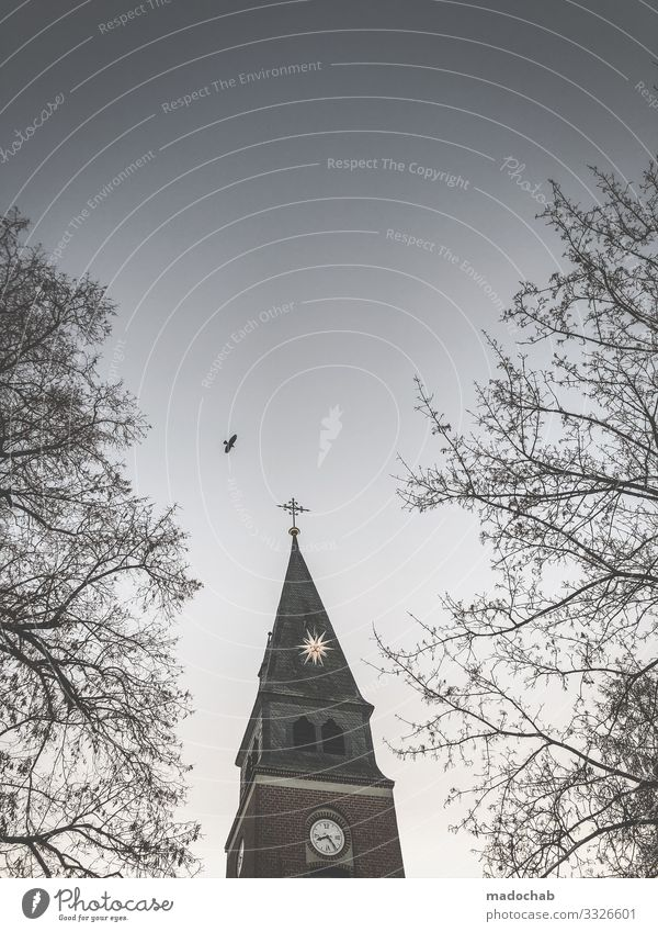 Kirche Geistlicher Kultur Turm Architektur Kreuz Sicherheit Schutz friedlich Güte Gastfreundschaft Selbstlosigkeit Menschlichkeit Solidarität Hilfsbereitschaft