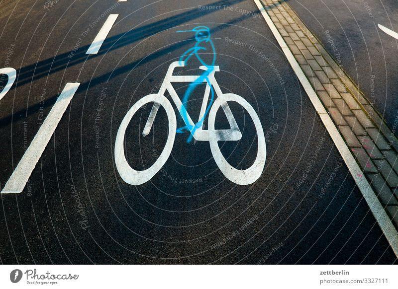 Fahrradweg abbiegen Asphalt Ecke Fahrbahnmarkierung Fahrradfahren Fahrradtour Hinweisschild Grafik u. Illustration Kurve Linie Mann Schilder & Markierungen
