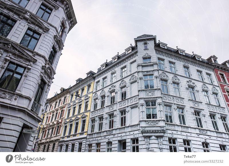 #Wuppertal Winter Stadt Stadtzentrum Altstadt ästhetisch Schwebebahn Historische Bauten Farbfoto Außenaufnahme