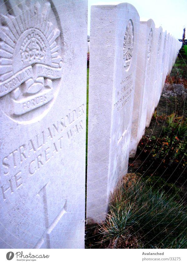 Time Cot Wiese 1. Weltkrieg historisch Zeitfeldbett deads sepulchre zerk