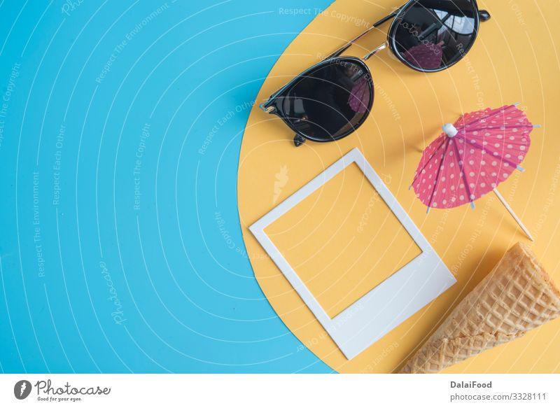 Konzept Sommer mit Brille, Fotos, Regenschirm und Mais Design Freude Ferien & Urlaub & Reisen Sonne Strand Kultur Mode Accessoire Sonnenbrille Stimmung