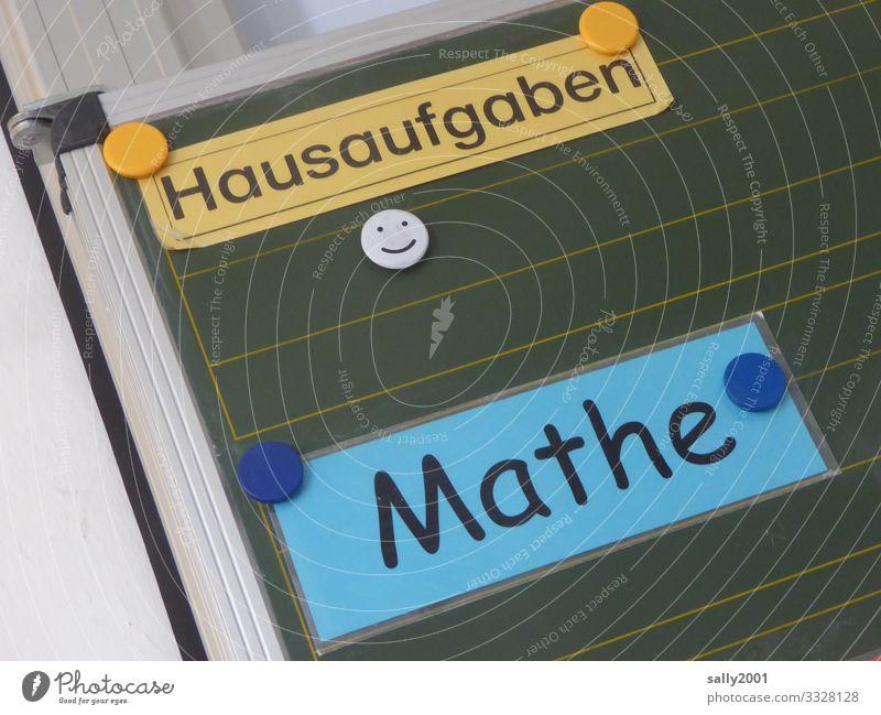 Hausaufgaben Mathe... Tafel Mathematik Schule Grundschule Mittelschule Magnet Schrift Schild laminiert lernen Klassenzimmer Bildung Rechnen Smiley homeschooling