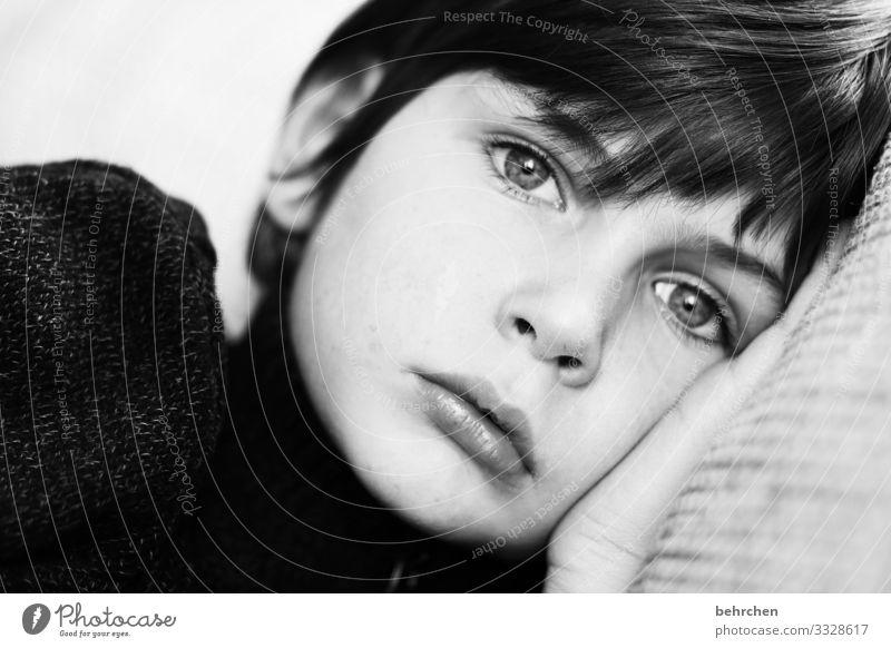 . Kind Junge Familie & Verwandtschaft Kindheit Haut Kopf Haare & Frisuren Gesicht Auge Ohr Nase Mund Lippen 3-8 Jahre träumen Traurigkeit schön Sorge Sehnsucht