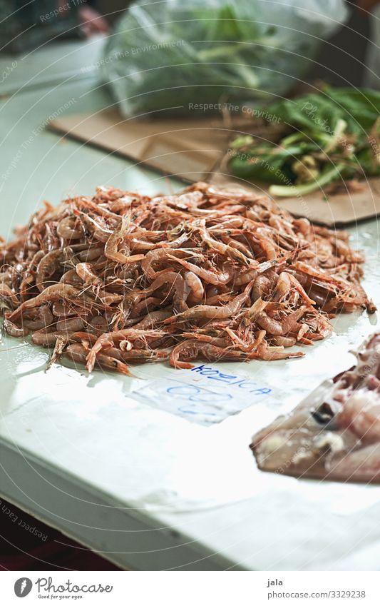 shrimps Lebensmittel Meeresfrüchte Garnelen Krustentier kaufen frisch Gesundheit lecker Markt Marktstand Fischmarkt Protein Farbfoto Außenaufnahme Menschenleer