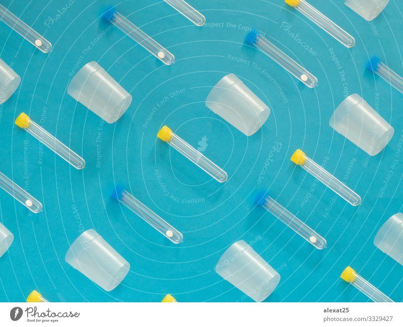 Analyseröhrchenmuster auf blauem Hintergrund Flasche Gesundheitswesen Krankheit Medikament Wissenschaften Labor Prüfung & Examen Container Tube Kunststoff