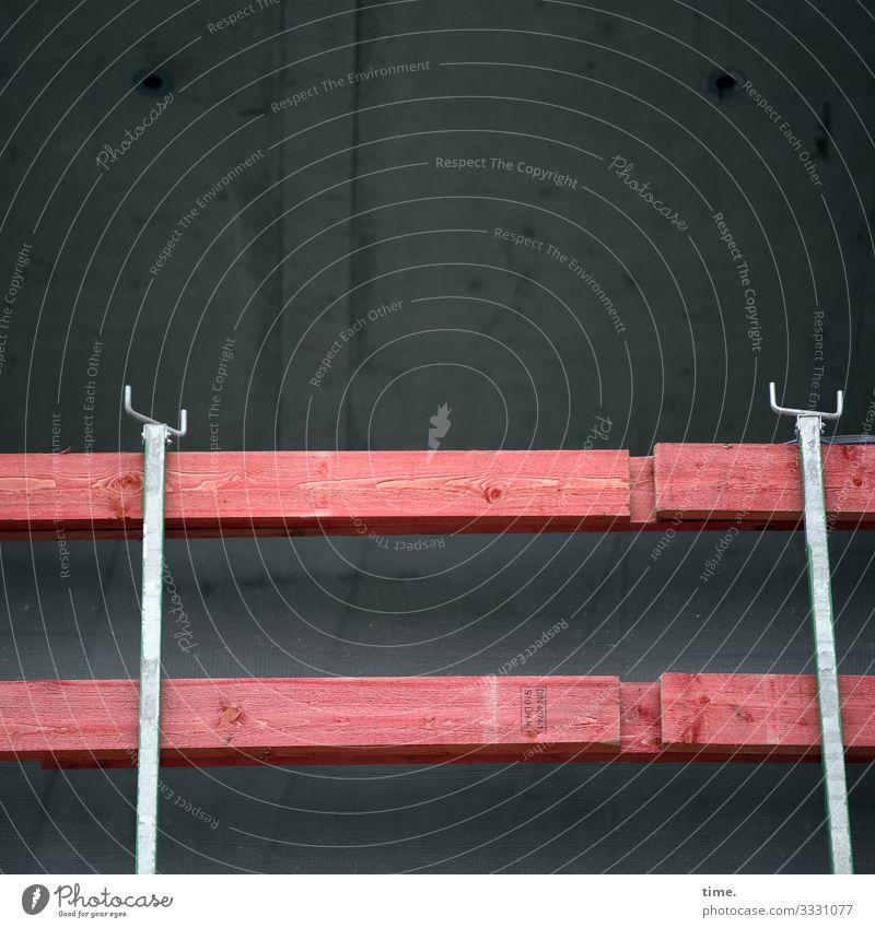 Rausfallsicherung sicherheit geländer gebäude perspektive architektur linien parallel metall stein zink absperrung absicherung baustelle holz latte holzlatte